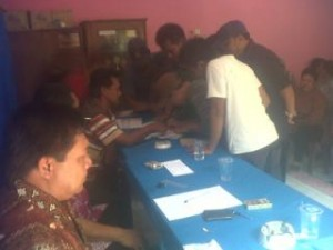 Warga Tanda Tangan Tolak Penutupan Lokalisasi Guyangan