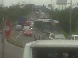 Akhir Libur Natal, Jalur Persimpangan Mengkreng Macet Sepanjang 4 Kilometer