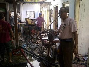 Rumah Purnawirawan Polisi Ludes Terbakar