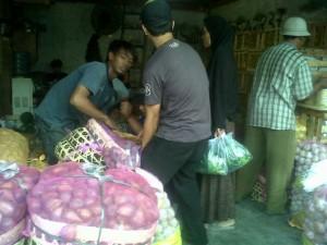 Penjual Buah, Akui Ramadhan Penuh Berkah