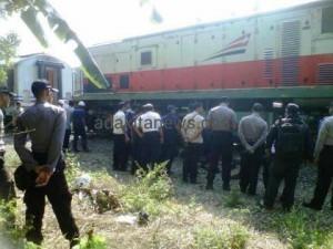 Akibat Rel Kereta Pecah, Kereta Api Matarmaja Anjlok di Wlingi