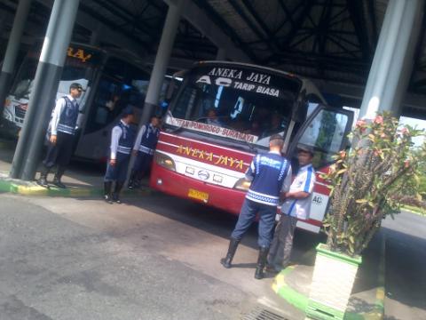 razia bus