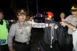 Petugas Gabungan Madiun Sweeping Pendekar Silat