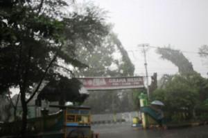 Awal Musim Hujan di Jombang Diprediksi Bulan Depan