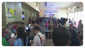 Urus Data Kependudukan di Jombang, Harus Antre Mulai Jam 3 Pagi