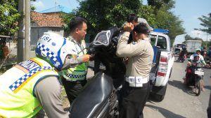 Terlibat Kecelakaan, Dua Pemotor Kritis