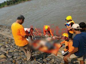 Mayat Bertato di Sungai Brantas Gegerkan Warga Patianrowo