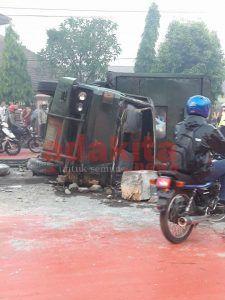 Laka Karambol Truk TNI AL, Bus, hingga Pemotor