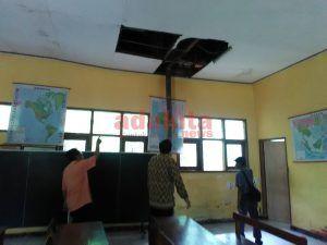 Kepala Sekolah Negeri di Kediri Curhat, Tak Pernah Diperhatikan Pemerintah