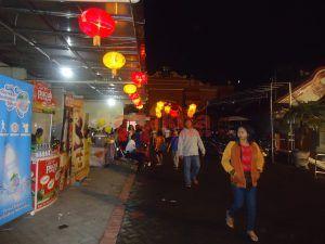 Perayaan Imlek, Banyak Warga Beragama Lain Datang ke Klenteng