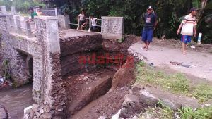 Lagi, Jembatan di Kabupaten Kediri Ambrol