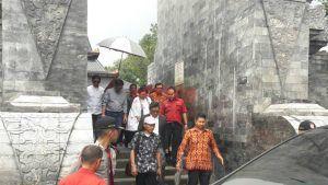 Akibat Ziarah Rombongan Megawati, Ratusan Peziarah Lain Tunggu Setengah Hari