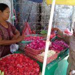 Tradisi Nyekar, Harga Kembang Naik 2 Kali Lipat