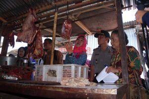 Sidak Pasar, Wawali Kediri Cek Harga Hingga Kelayakan Bahan Pokok Jelang Ramadan