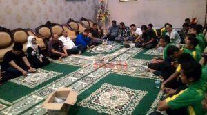 Wakil Bupati Jamu Makan Malam PSID Jombang beserta Suporter