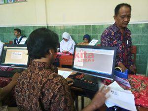 PPDB Jalur Offline di Madiun Diserbu Pendaftar