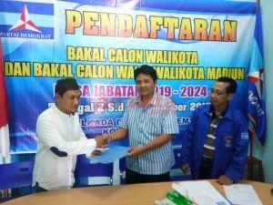 Paseduluran Kawulo Alit Ikut Ramaikan Pendaftaran Bacalon Kepala Daerah