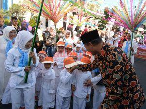 3 Ribu Peserta Pawai Ta'aruf, Ramaikan Tahun Baru Islam di Madiun