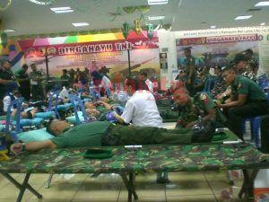 Kodim 0816 Sidoarjo Gelar Donor Darah di Mall