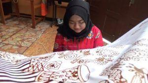 Terinspirasi Reog Kendang, Utari Ciptakan Batik Khas Tulungagung