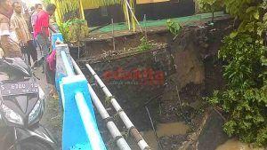 Derasnya Arus Sungai Sebabkan Longsor di Desa Kademangan, Satu Rumah Dalam Kondisi Mengkhawatirkan