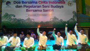 Ribuan Santri Gelar Doa Bersama Untuk Keselamatan Indonesia