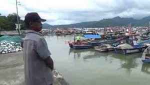 Cuaca Tak Bersahabat, 3 Hari Nelayan Enggan Melaut