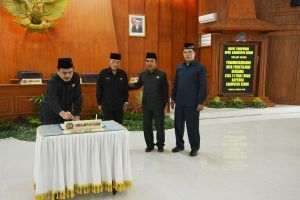DPRD Kabupaten Kediri Sahkan 3 Raperda