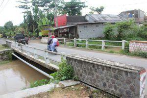 Pelebaran Jembatan di Sutojayan Blitar Belum Dianggarkan
