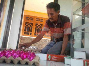 Dari Penggembala Bebek, Hingga Jadi Pengekspor Telur Asin Aneka Rasa