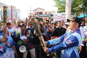 Kapolri Hadiri Pawai Obor Asian Para Games 2018 Makassar