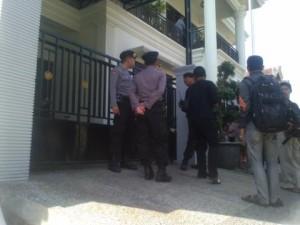 Nasabah Bank Jatim Jombang Ditembak 4 Perampok Berpistol,Rp.250 Juta Raib