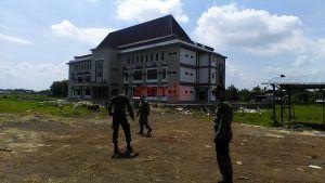 Satpol PP Lakukan Penjagaan di Bangunan Kampus UB Kota Kediri