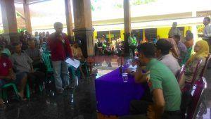 Acara Musdes di Jatimlerek Ricuh, Warga Minta Kasi Pelayanan Dicopot
