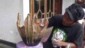 Di Tangan Agus Effendi, Handuk Bekas Bisa Jadi Pot Bunga