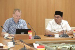 Kota Bandung Pelopor Penggunaan Ur-Scape di Indonesia